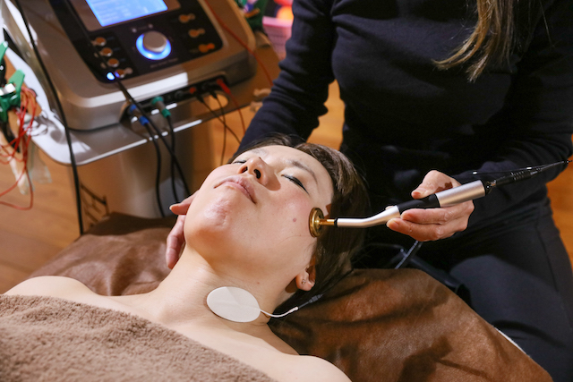 細胞の修復やターンオーバーを促すので、キメの細かいハリのあるお肌に